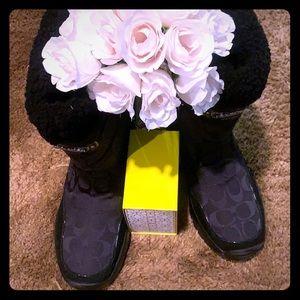 ❤️🎈✨😍Coach Boots 🥾!!!!!💰🎊